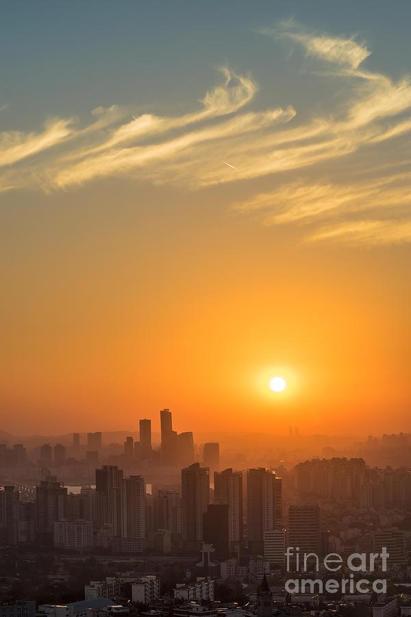 Seoul Photograph - Seoul 02 by Tom Uhlenberg