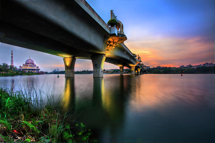 Seri Perdana Bridge Photograph by Jemang  Images