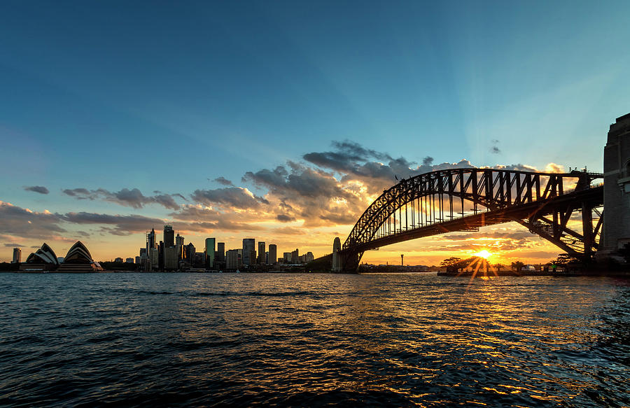 Setting Sun @ Sydney City Photograph by Atomiczen