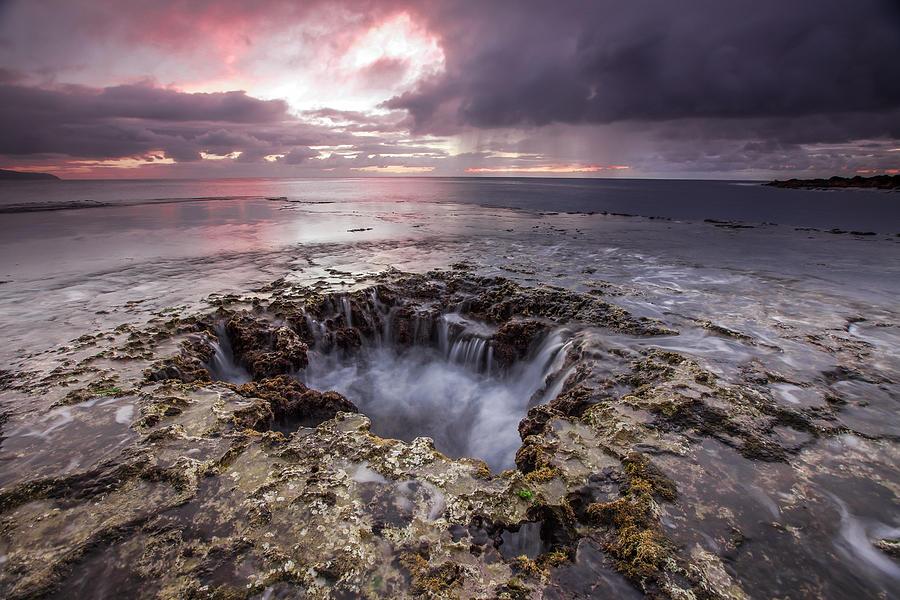 Hawaii Photograph - Sharks Mouth Cove by Robert  Aycock