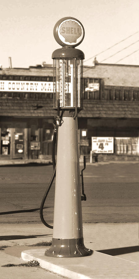 Shell Photograph - Shell Gas - Wayne Visible Gas Pump 2 by Mike McGlothlen