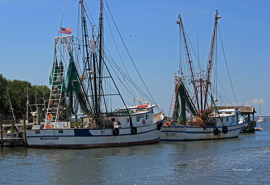 Shrimp Boat Photograph - Shem Creek Shrimpers by Suzanne Gaff