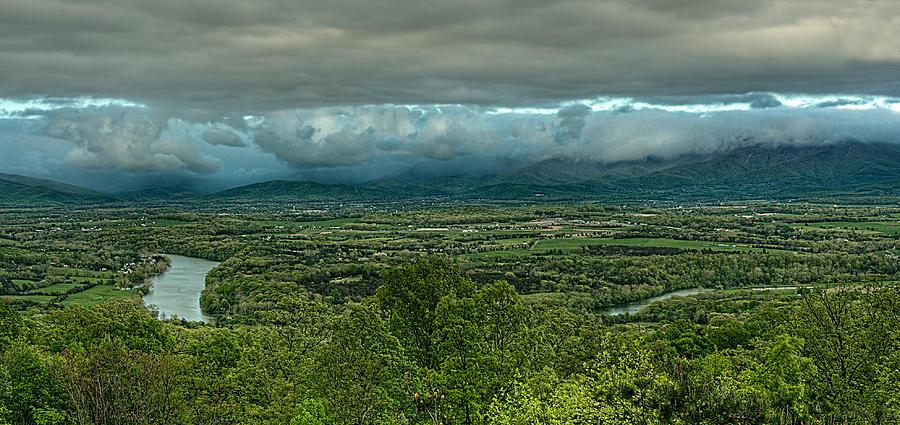 Green Photograph - Shenandoah Green Valley by Lara Ellis
