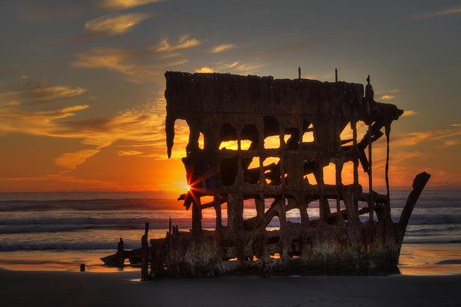 Beach Photograph - Shipwreck Sunburst by Mark Kiver