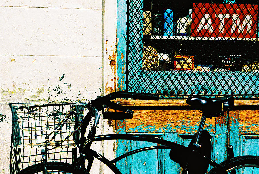 Shopping Day In New Orleans Photograph