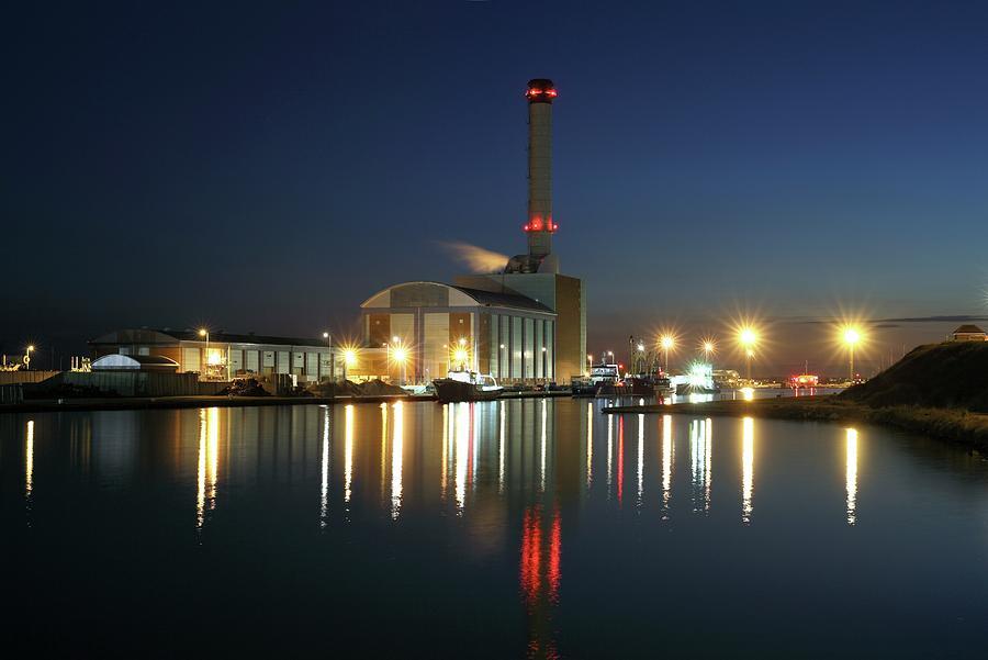 Nobody Photograph - Shoreham Power Station by Martin Bond/science Photo Library