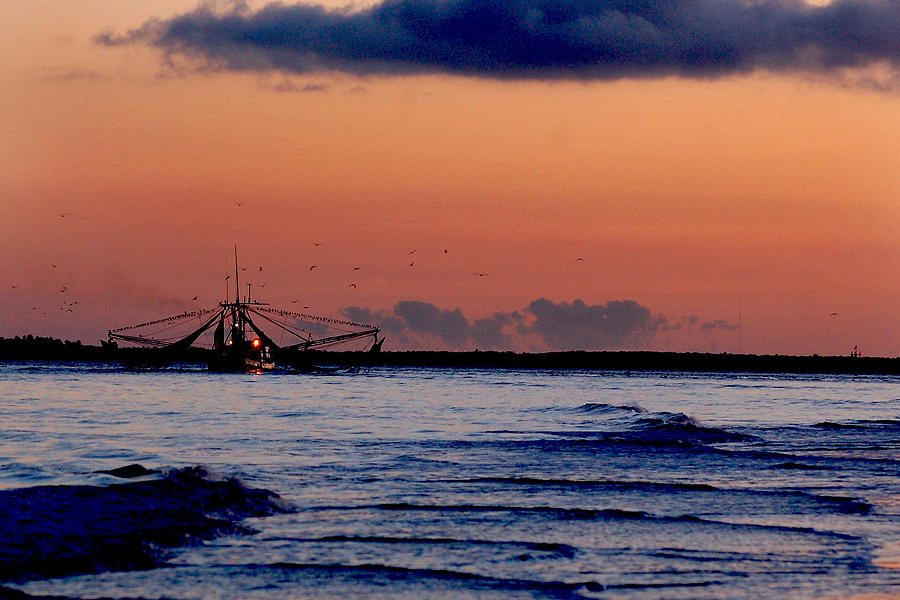 Shrimp Boat by Peter DeFina