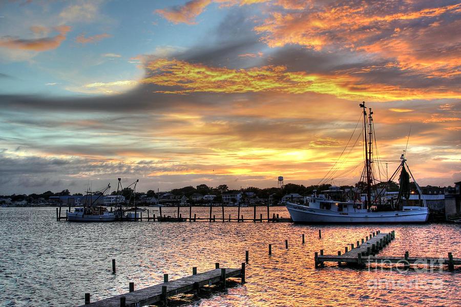 North Carolina Photograph - Shrimp Boats At Sunset by Benanne Stiens
