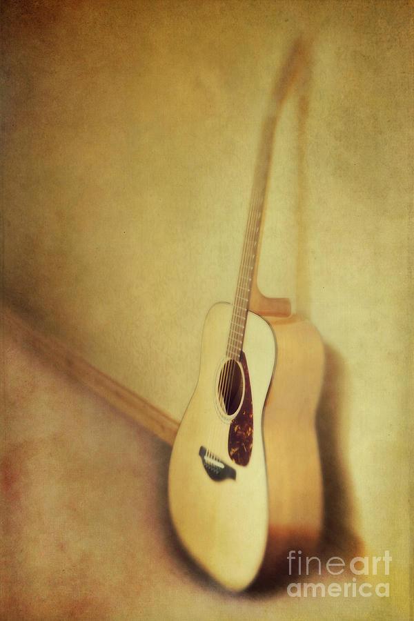 Acustic Photograph - Silent Guitar by Priska Wettstein
