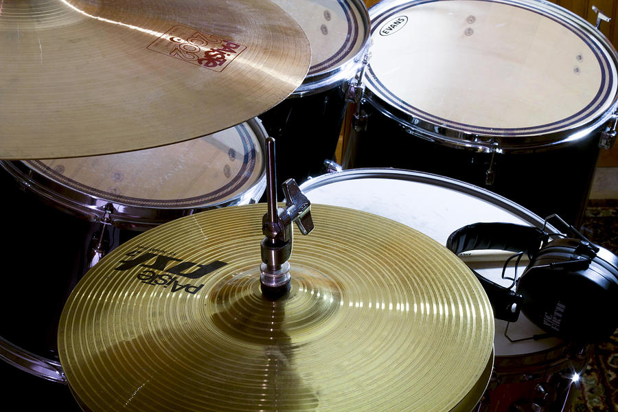 Drums Photograph - Silent Shimmer by Peter Chilelli