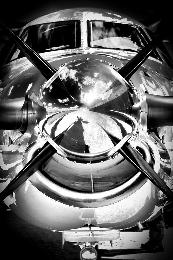 Pilatus Pc 12 Photograph - Silver 12 by Paul Job