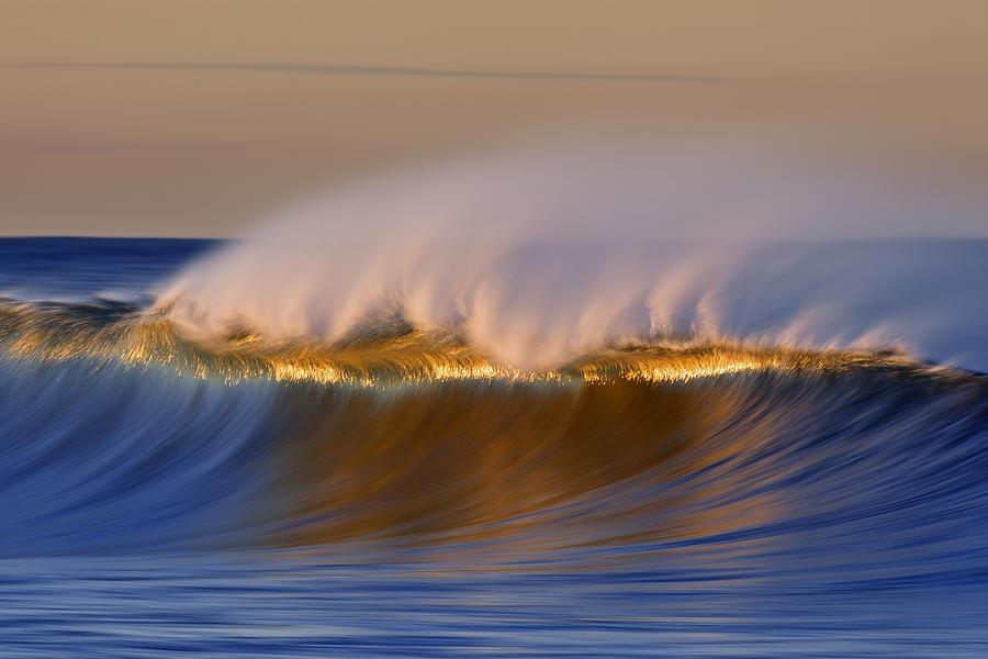 Simple Wave  MG_4356 by David Orias