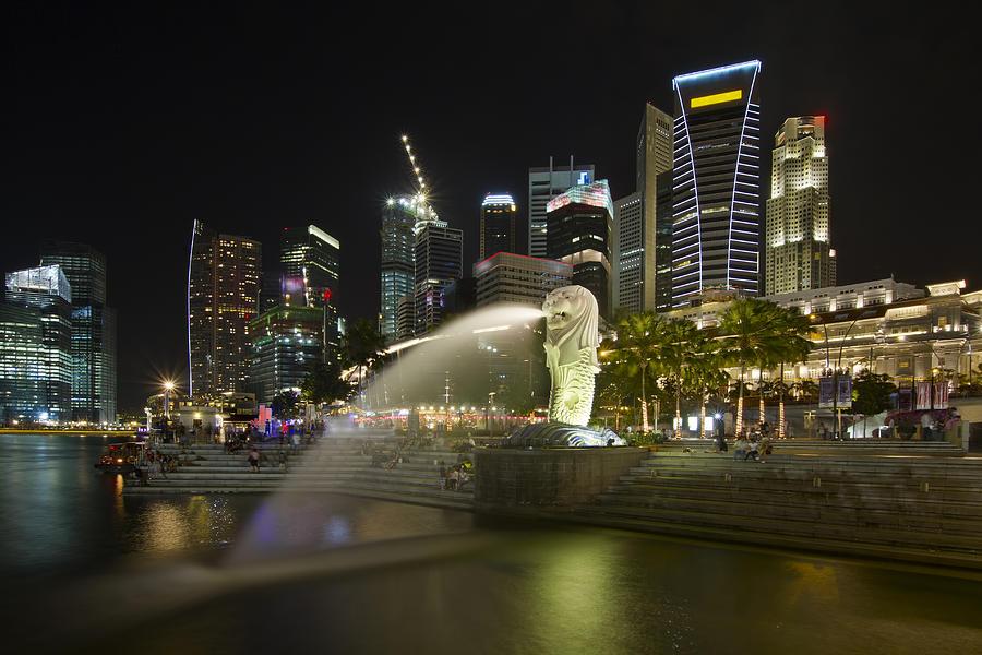 Singapore Photograph - Singapore City Skyline At Merlion Park by David Gn