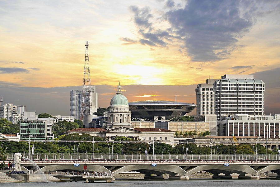 Singapore Photograph - Singapore Parliament Building And Supreme Law Court  by David Gn