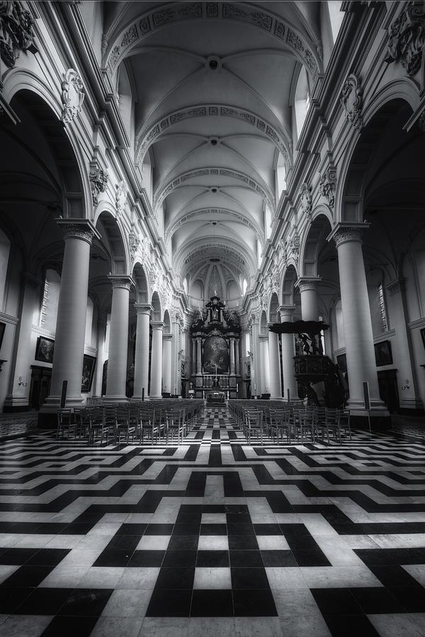 Joan Carroll Photograph - Sint Walburgakerk by Joan Carroll