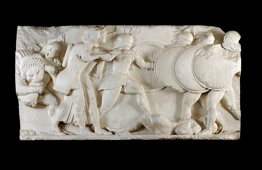 6th Century Bc Photograph - Siphnian Treasury Frieze by Ashmolean Museum/oxford University Images