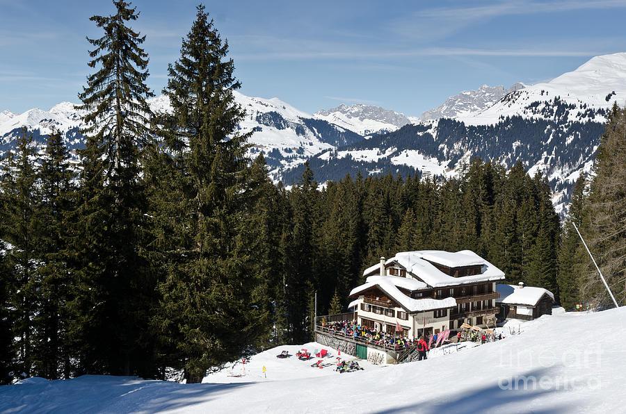 Ski Und Berghaus Schifer Davos Parsenn Klosters Land Photograph