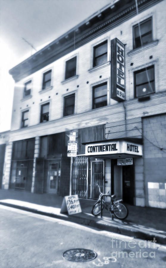Los Angeles Photograph - Skid Row Hotel by Gregory Dyer