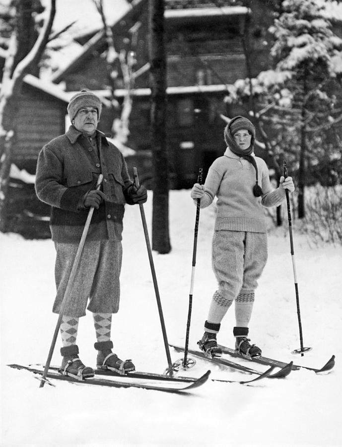 1926 Photograph - Skiing At Lake Placid In Ny by Underwood Archives