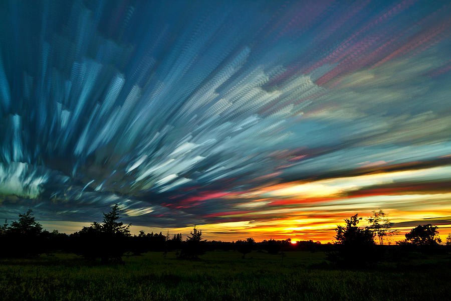 Matt Molloy Photograph - Sky Feathers by Matt Molloy