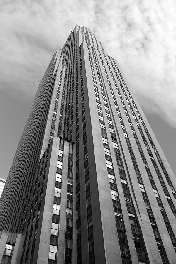 New York Photograph - Sky High by Thomas Fouch