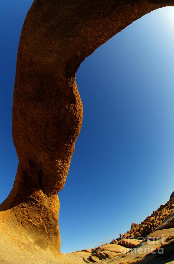 Mobius Arch Photograph - Skyward by Bob Christopher