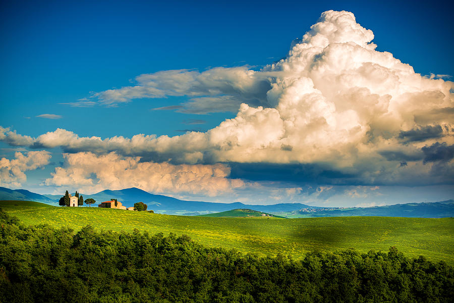 Small Chapel In Tuscany Photograph by Gehringj