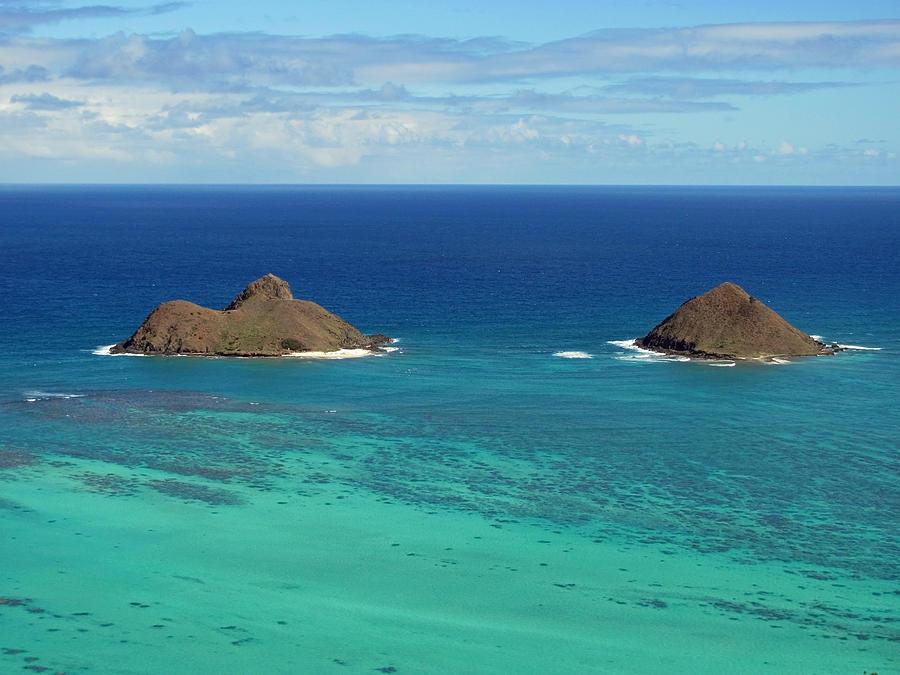 Hawaii Photograph - Small Islands by Laura Watts