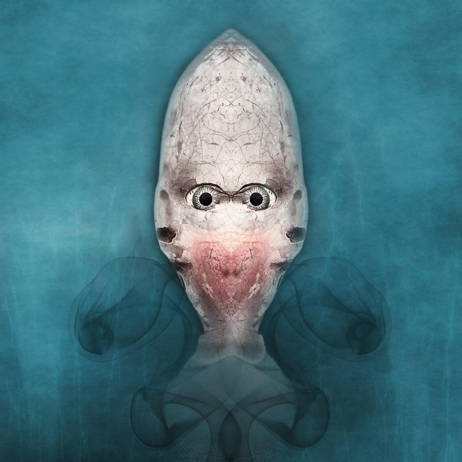 Smokalien  by Andrew Giovinazzo