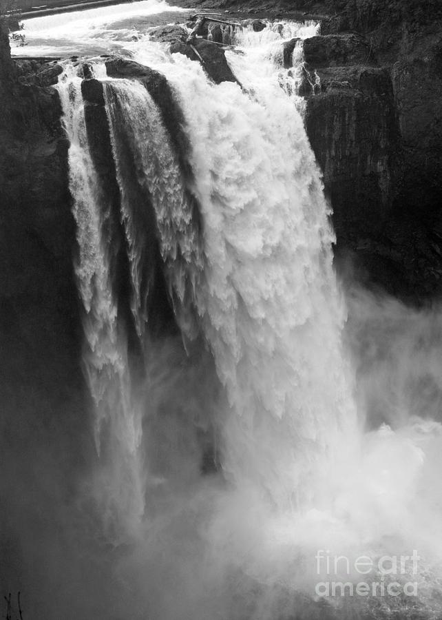 Snoqualmie Falls Photograph - Snoqualmie Falls - Black and White by Carol Groenen