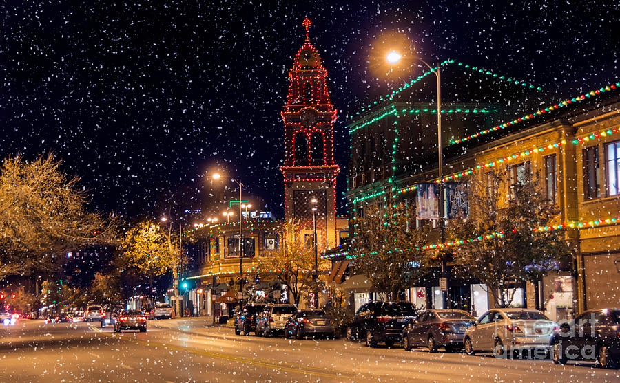 Snow Photograph   Snow On The Plaza Lights By Carolyn Fox Pictures