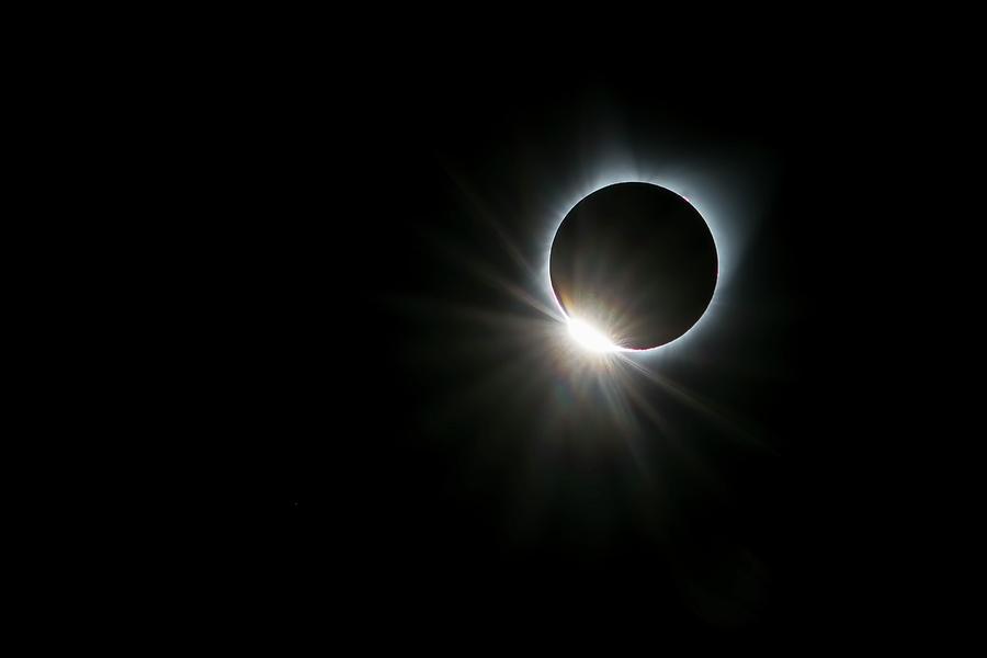 Eclipse Photograph - Solar Ring by Hua Zhu
