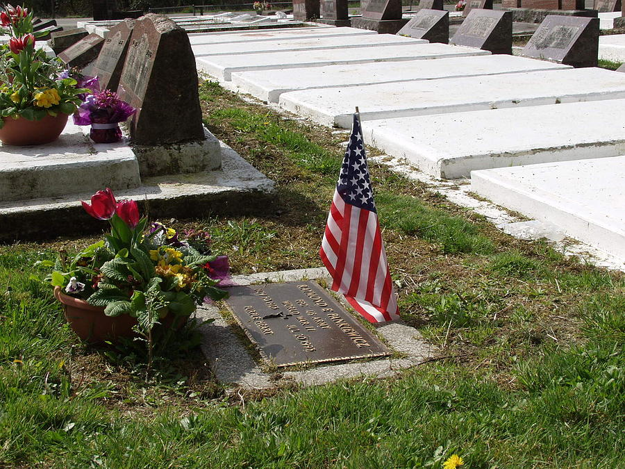 Flag Photograph - Soldiers Final Resting Place by Ron Roberts