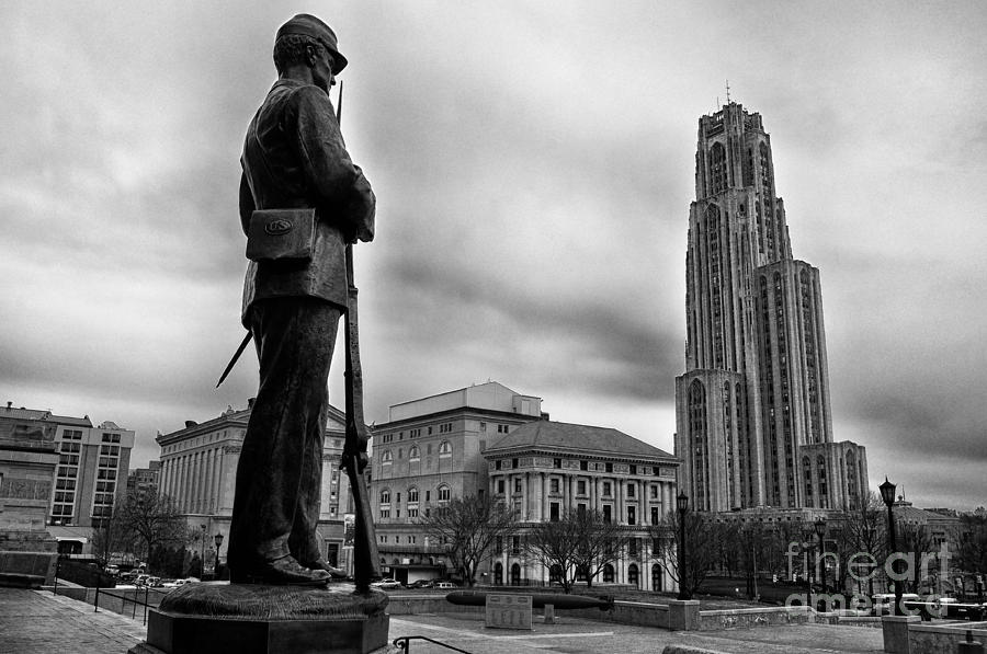 Soldiers Memorial Photograph - Soldiers Memorial And Cathedral Of Learning by Thomas R Fletcher