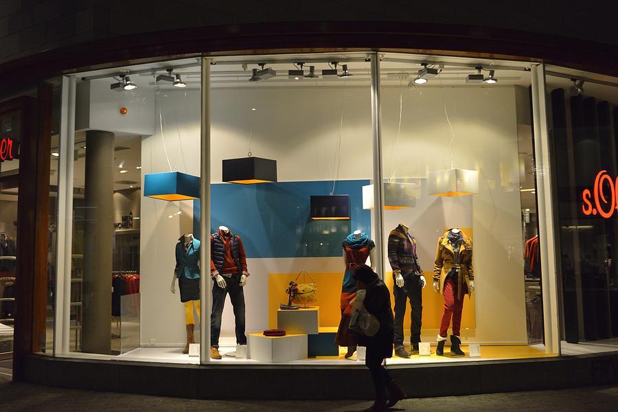 buy popular ce2d9 f3176 s.Oliver shop window by Sjo