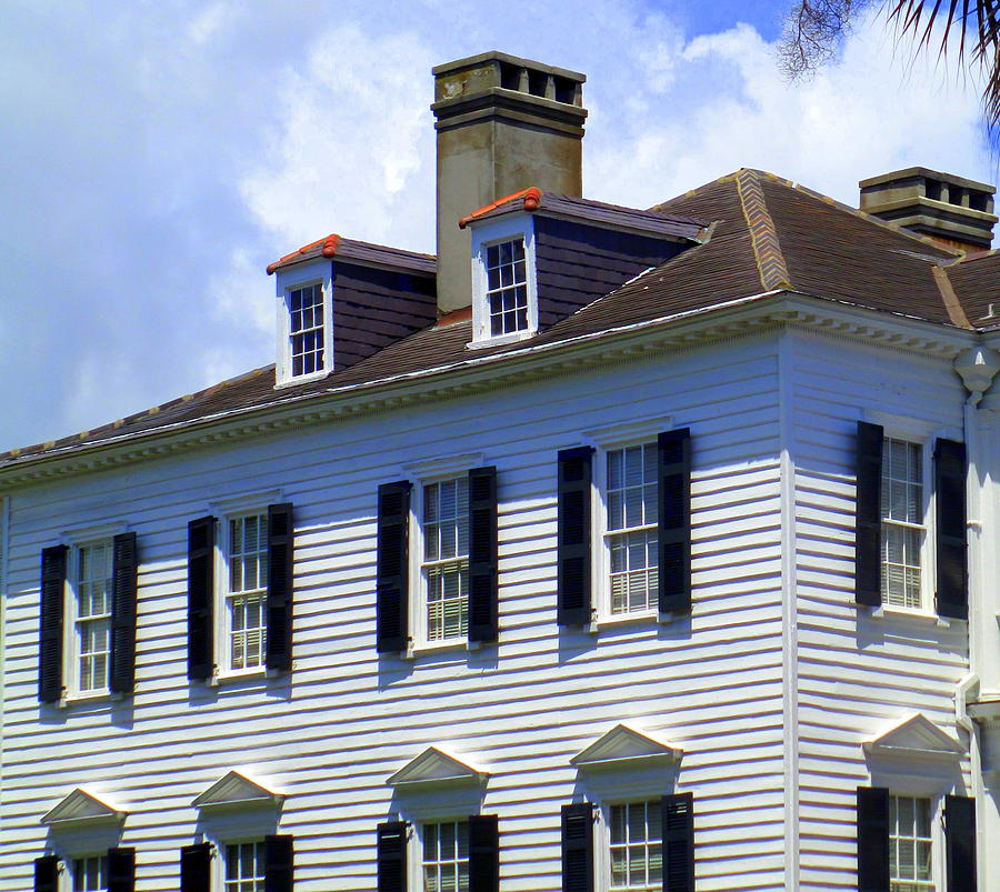 Charleston Photograph - South Battery Beauty by Randall Weidner