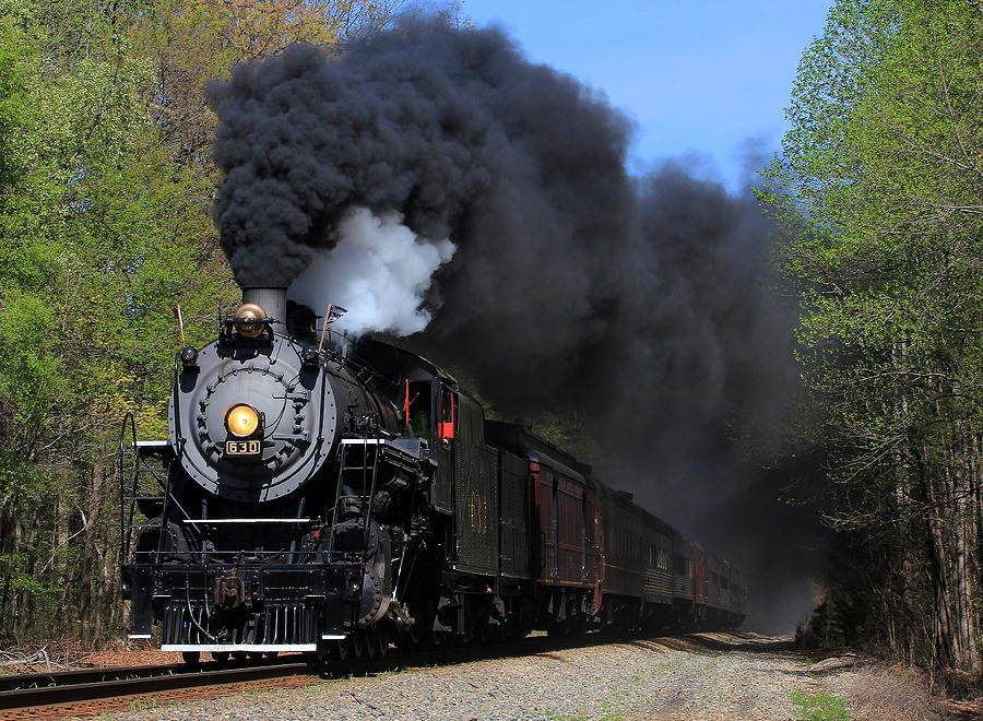 Southern Railway Photograph - Southern Railway Steam Engine #630 by Joseph C Hinson Photography