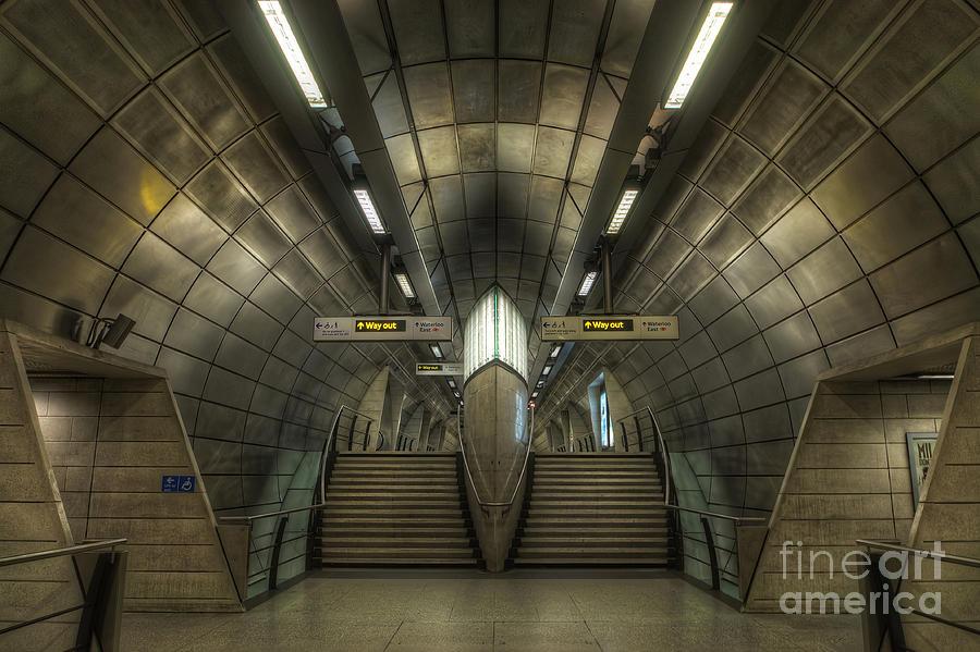 Hdr Photograph - Southwark 1.0 by Yhun Suarez