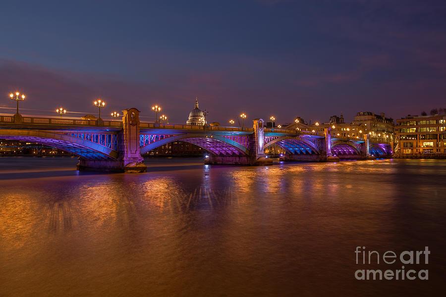 Southwark Photograph - Southwark Bridge by Pete Reynolds