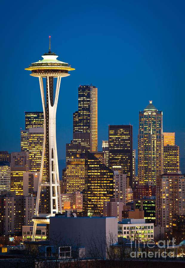 Seattle Photograph - Space Needle Evening by Inge Johnsson