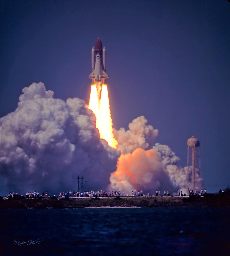 year space shuttle challenger first launched - photo #4