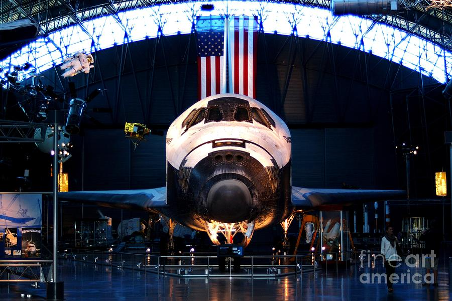 Spaceflight Photograph - Space Shuttle Discovery by Patti Whitten