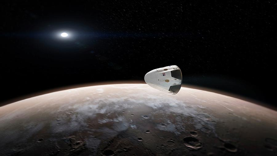 Red Dragon Photograph - Spacexs Red Dragon At Mars by Spacex/science Photo Library
