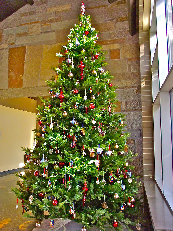 Spanish Christmas Tree Decorations In Fredrik Meijer Gardens And ...