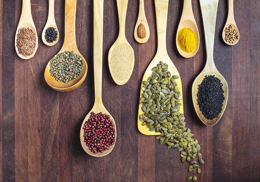 Spices, nuts, seeds, grains and pulses. Photograph by Enrique Díaz / 7cero
