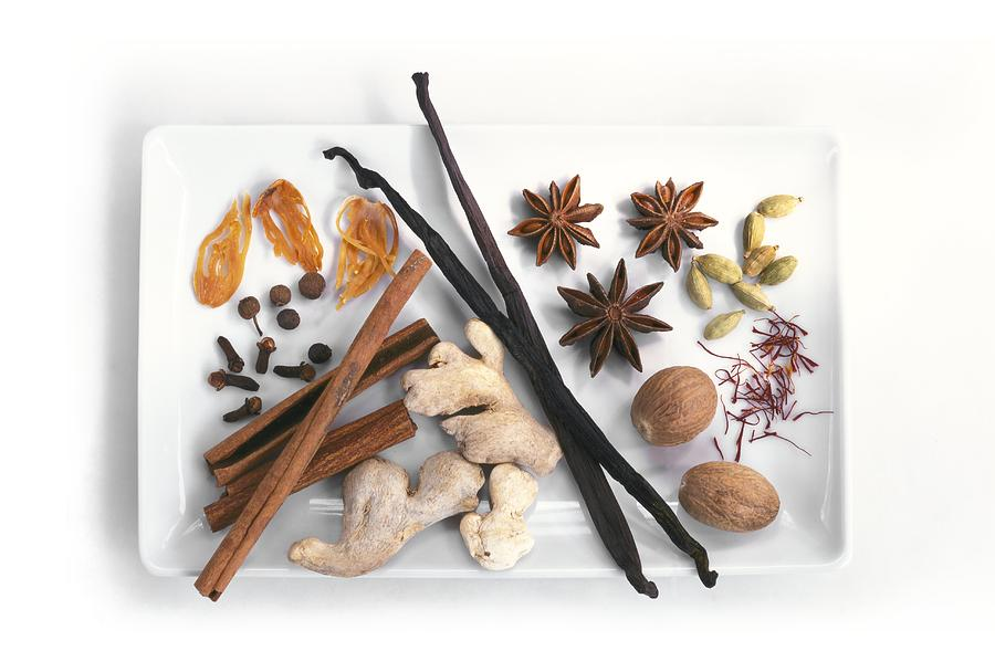 Biology Photograph - Spices by Science Photo Library
