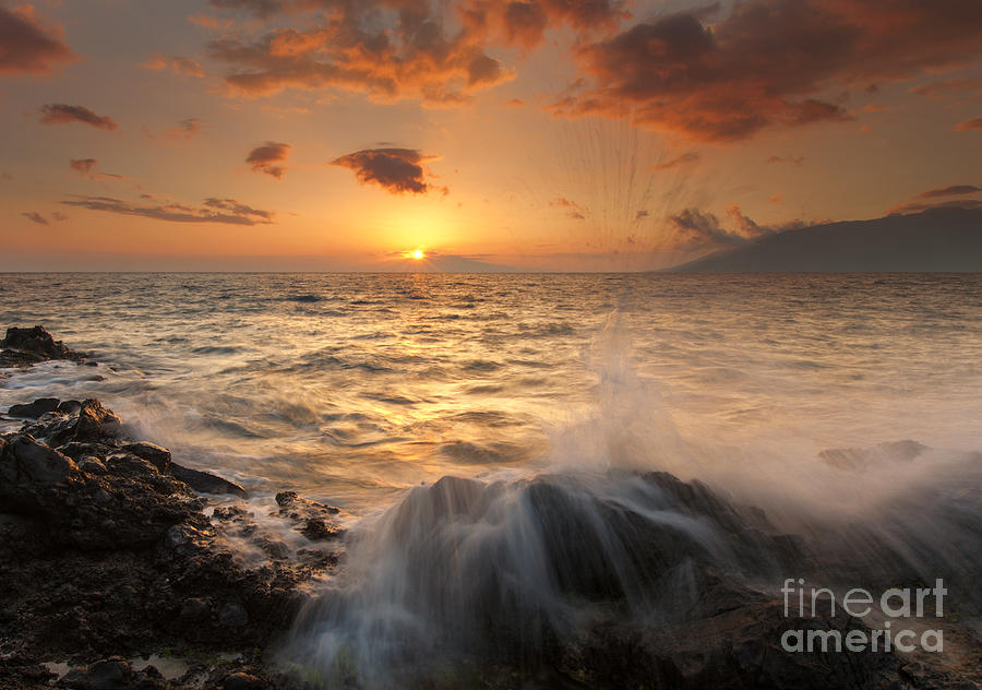 Paradise Photograph - Splash Of Paradise by Mike  Dawson