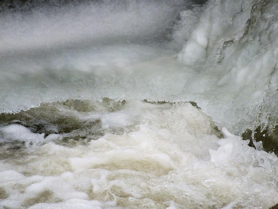 Ice Photograph - Splish Splash by Gene Cyr