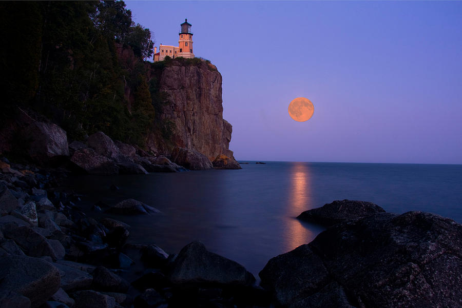 Split Rock Lighthouse Photograph   Split Rock Lighthouse   Full Moon By  Wayne Moran