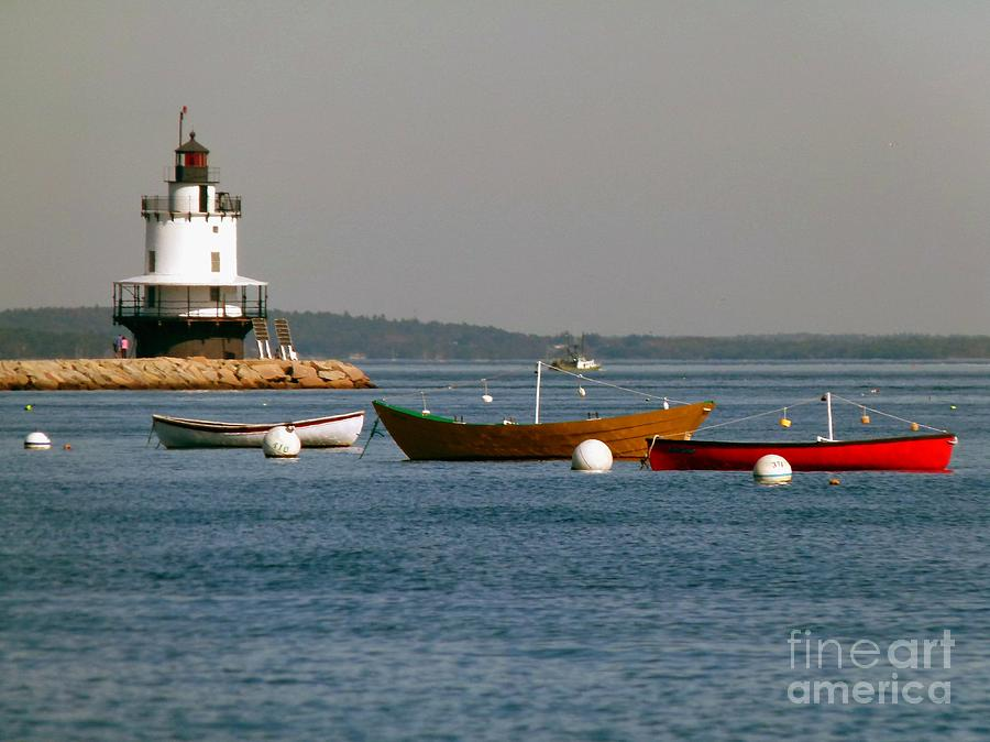 Spring Point Photograph - Spring Point Ledge Lighthouse With Boats From Willard Beach In South Portland Maine by Christine Stack